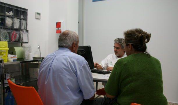 Refuerzo de las plantillas de  los centros de salud de la Costa para garantizar la asistencia en el verano