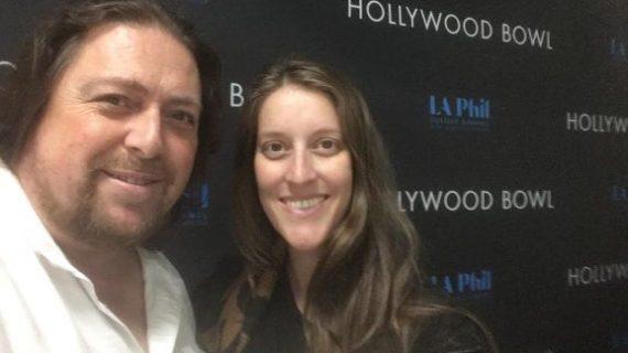 José Luis de Paz y Argentina actúan juntos en el Hollywood Bowl de Los Ángeles