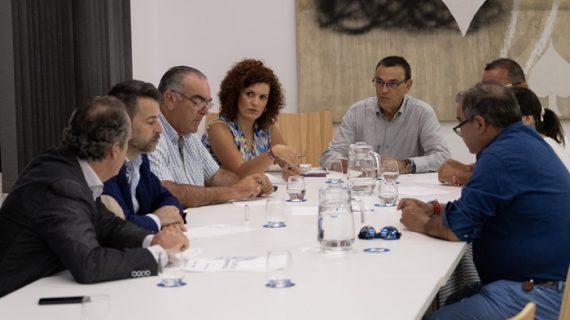 La Mesa Provincial de la Pesca aborda la situación del sector y nuevas estrategias de comercialización