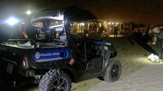 Operativo para evitar el consumo nocturno de alcohol en la playa de Punta Umbría