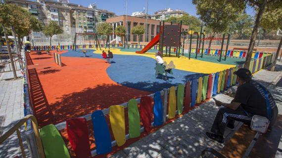 Los barrios de Los Rosales, Verdeluz y El Higueral cuentan ya con renovados espacios de ocio infantil