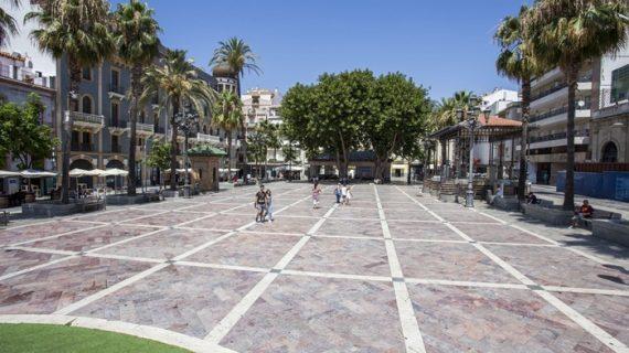 La programación cultural de verano en la capital se refuerza con propuestas de teatro en la calle