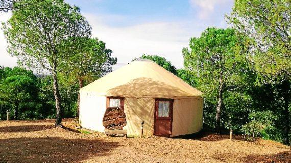 Un campamento familiar en pleno Andévalo, la solución al aburrimiento de los más pequeños en verano