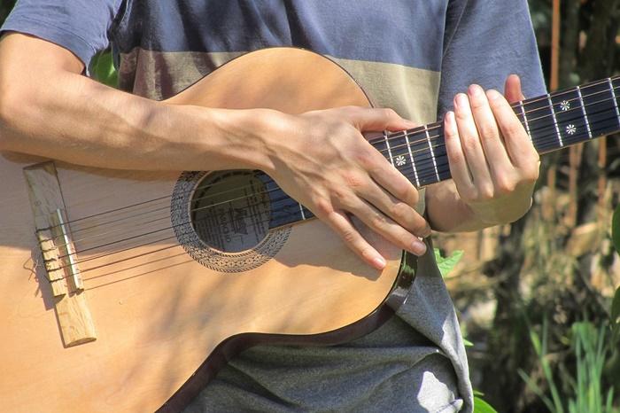 El VIII Festival flamenco Alberto Vélez rinde homenaje a la figura del guitarrista