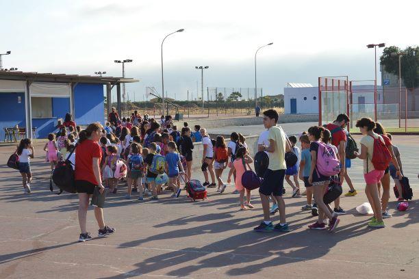 La Escuela de Verano de San Juan del Puerto llega a su ecuador con más de doscientos participantes