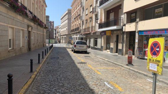 Obras de peatonalización en los laterales del Ayuntamiento en la capital