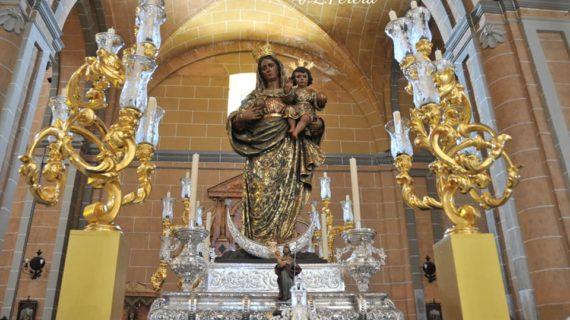 Ntra. Sra. de la Granada procesiona por primera vez en Moguer de forma extraordinaria