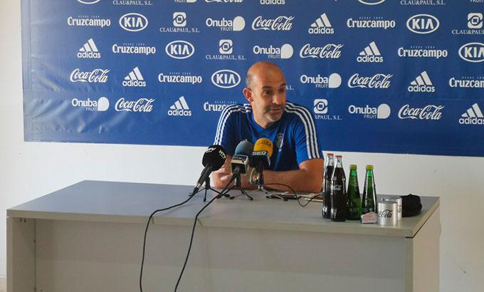 Alberto Monteagudo apela a la cautela en las horas previas al debut liguero del Recre en San Fernando