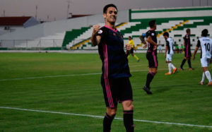 Rubén Cruz demostró de nuevo que es un delantero con gol. / Foto: @recreoficial.