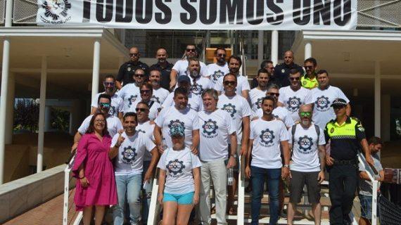 Los puntaumbrieños se unen en apoyo al policía local Antonio Garrido