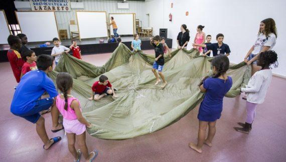 Un centenar de menores se benefician de las Escuelas de Verano en Huelva