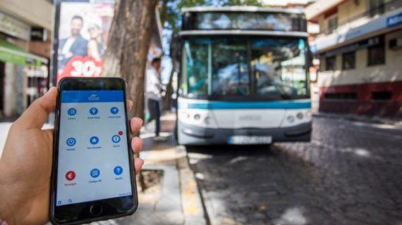 Los onubenses podrán adquirir y pagar con el móvil los billetes de Emtusa a partir de septiembre