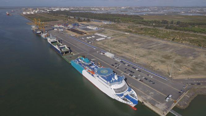 El Puerto de Huelva continúa su senda de crecimiento con un acumulado de más de 20 millones de toneladas