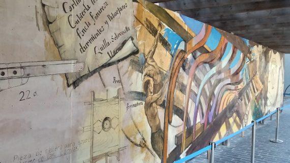 Un gran mural en homenaje a los constructores de las carabelas permanecerá instalado en el Muelle hasta fin de año