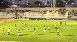 El Recreativo se topa con la adversidad y cae derrotado en San Fernando (2-1) en el estreno liguero