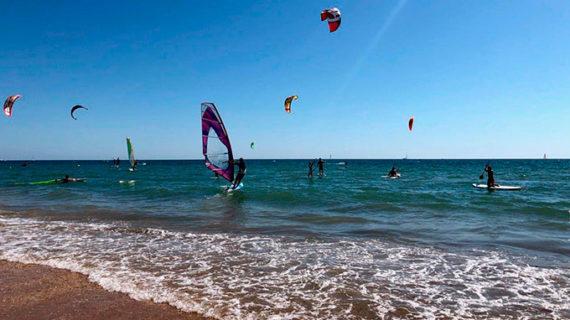 Récord de participación en la XIV Regata de SUP, Wind y Kitesurf 'Virgen del Carmen' en Punta Umbría