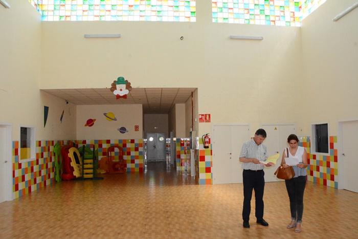 Puesta a punto de los centros escolares y escuelas infantiles de Palos de la Frontera