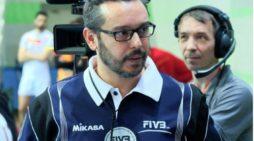 La pasión del onubense Antonio Correa por el voleibol lo ha llevado a ser uno de los dos únicos árbitros internacionales de Andalucía