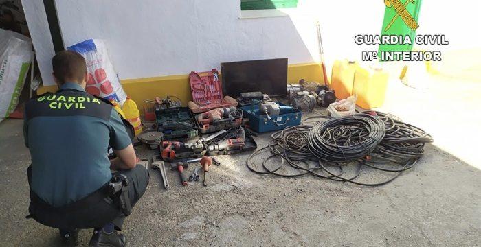 Detenido un varón como presunto autor de dos robos con fuerza en explotaciones ganaderas