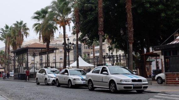 Iniciado un proceso de revocación de licencias de taxi para avanzar en la reestructuración y viabilidad del sector