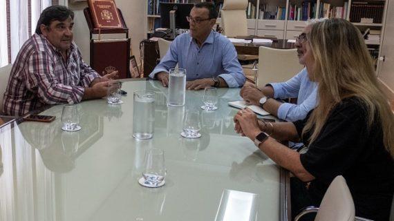 Encuentro de Ignacio Caraballo con la Asociación de Exportadores de Pescados y Mariscos de Huelva