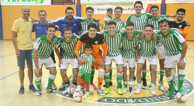 El Villalba FS sorprendió al Smurfit Kappa en el VI Trofeo de Feria que ganó el Real Betis Futsal B