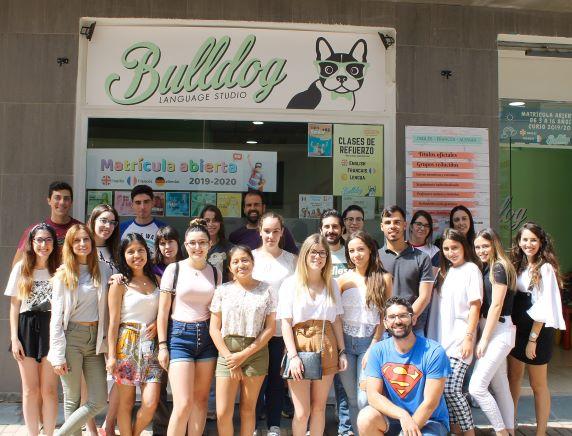 El deseo de aprender un idioma de forma fácil y divertida es posible en Huelva