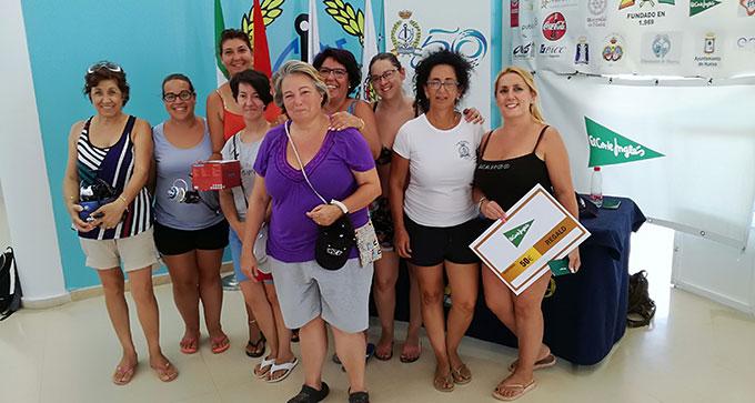 Las primeras clasificadas en Damas en el Concurso de Pesca Virgen de la Cinta.