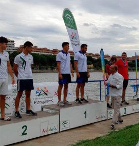 Pablo Moreno y Carlos Rovira, en el podio.