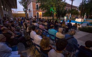 Aspecto de los jardines de la Casa Colón, donde tuvo lugar el pregón del Colombino. / Foto: @AytoHuelva.