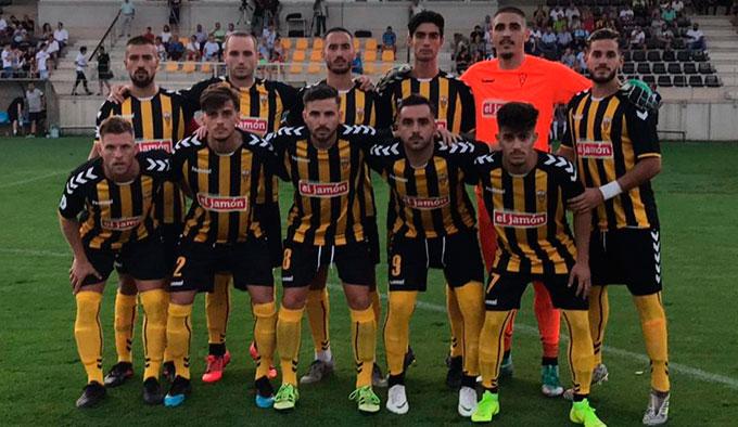 El San Roque necesita ganar este domingo al Xerez Deportivo si no quiere hundirse más en la tabla.