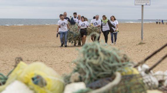 Holea se suma al World Cleanup Day