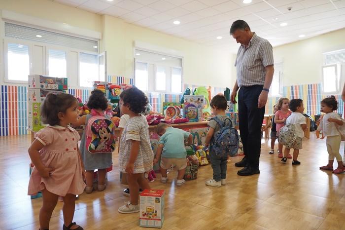 Las Escuelas Infantiles Municipales de Palos de la Frontera renuevan sus juguetes