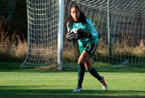Selena Delia Babb, portera holandesa de 24 años, nueva jugadora del Sporting de Huelva.
