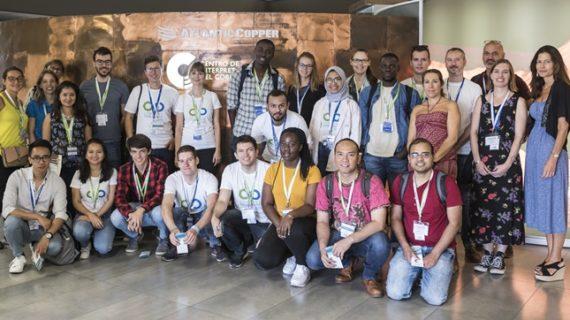Un total de 25 estudiantes participan en un proyecto de valorización de productos secundarios en Atlantic Copper