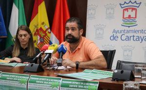 Un momento de la presentación de la temporada senderista del Ayuntamiento de Cartaya.
