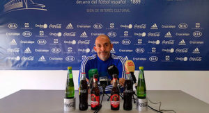 Alberto Monteagudo, entrenador del Recre, durante la rueda de prensa de este viernes. / Foto: @recreoficial.