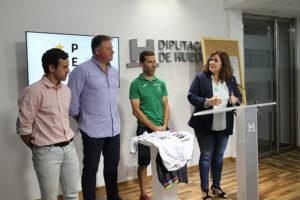 Un momento de la presentación en la Diputación de la prueba ciclista del domingo en Paterna del Campo.