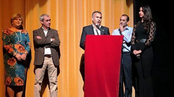 La barriada isleña 'Punta del Caimán' lleno el Teatro Municipal con su gala anual
