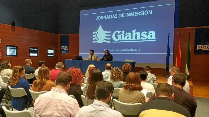 Giahsa fomenta la interacción con los alcaldes y concejales de la provincia