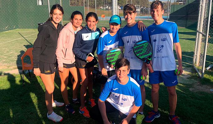 Representantes del AVS La Volea en el torneo celebrado en Cáceres.