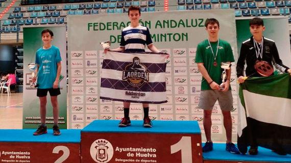 Seis medallas lograron los volantistas del Recre Bádminton IES La Orden en el Máster Jóvenes Sub 15 y Sub 19