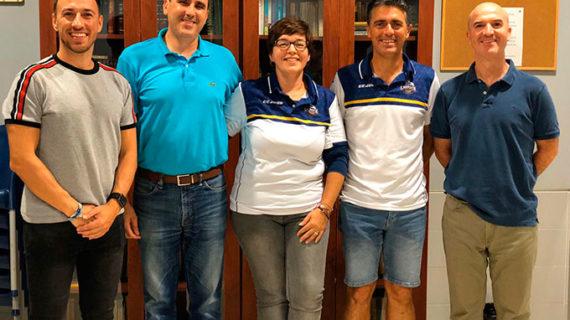 María Eugenia Lorenzo releva a Francisco Aguado en la presidencia del Club Bádminton IES La Orden