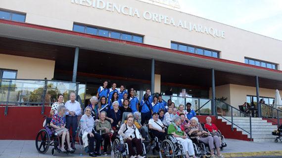 El Sporting de Huelva combina descanso por el parón de selecciones y una visita a la residencia Orpea de Aljaraque