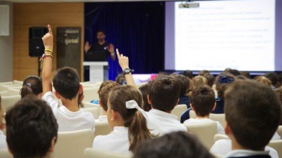 La Fundación Cajasol, comprometida con la Educación Financiera en todas las edades
