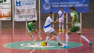Sensacional triunfo del CD San Juan ante el Pozoblanco. / Foto: Javi Pérez / @SanJuan_Futsal.