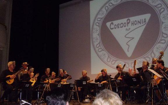 La Orquesta de Pulso y Púa 'Cordophonia' ofrece un concierto este sábado en Puebla de Guzmán