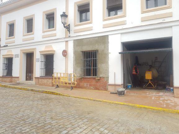 El PFEA actúa en Leonardo Mateos, la Jefatura de Policía y el Polígono de Hinojos