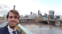 Pablo Ivars, finanzas con acento onubense desde Cardiff