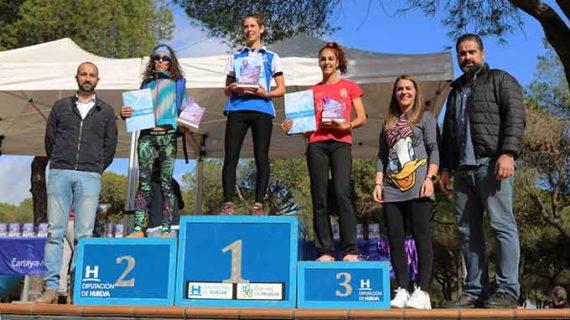 Zakaría Boufaljat y la belga Sandra Schenkel dominan en el XXXII Cross 'Pinares de Cartaya'